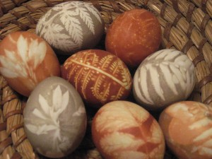 Naturally-Dyed Eggs